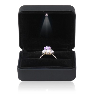 With LED lights, glowing jewelry, packing boxes, proposals, diamond rings, boxes, bracelets, pendants, bracelets, necklaces, rings, boxes...