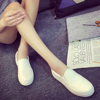 In the spring of 2017 new flat white canvas shoes shoes all-match pedal Korean students lazy summer shoes