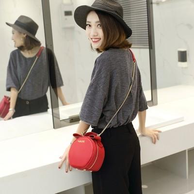2017 new tide female Bag Satchel Shoulder chain all-match bun Mini Handbag simple summer bag