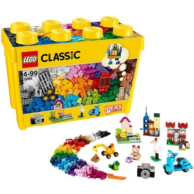 The classic idea of LEGO classic 10698 is a large wooden box LEGO puzzle