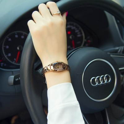 South Korea rose gold watch female students han edition fashion tide restoring ancient ways is contracted female table quartz watch is waterproof