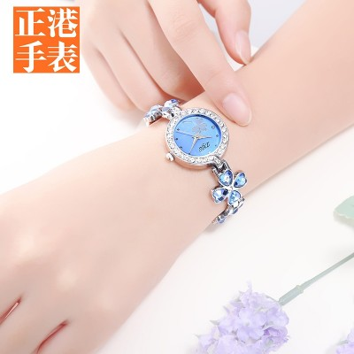2017 fashion watches female clovers waterproof contracted ms students new fashion bracelets table han edition girl