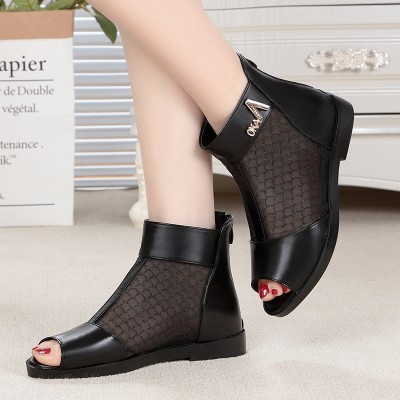 2017 summer cool boots children boots flat with the flat mesh breathable fish mouth shoes leather sandals female middle-aged mother