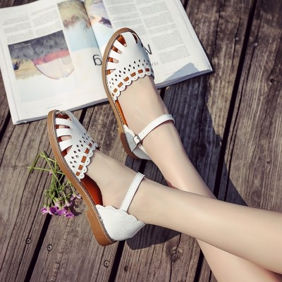 2017 new summer sandals female female shoes Sen students in Baotou with a thick all-match with shoes.