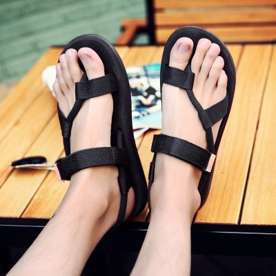 Slippers, men's summer style, men's flip flops, Korean trends, anti slip feet, individual lovers, big yards, beach sandals