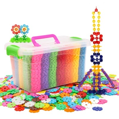 Snowflake block plastic is a plastic non-magnetistic and the male girl's baby toys are 3 to 6 years old wholesale