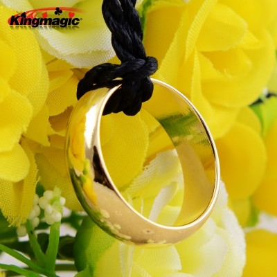 A magnetic ring is used to give the necklace a strong magnetic ring to the ring