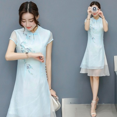 The cheongsam dress art fan folk style embroidery  Summer Cotton thin long sleeved dress.
