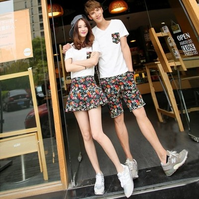 n the summer of  new V collar T-shirt suit male couples dress summer summer half sleeve shirt jacket Korean tide
