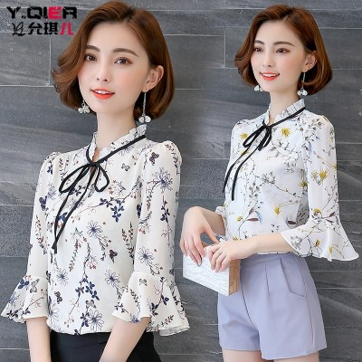 Printed shirt female short sleeved summer new Korean all-match V collar trumpet sleeves Floral Chiffon shirt sleeve shirt inch
