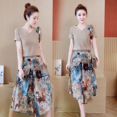 Summer new Korean women's V, short sleeved blouse, female nine points wide leg pants suit, fashion temperament two sets of tide