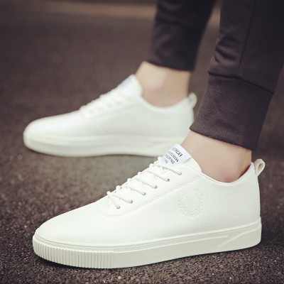 The  summer men's shoes shoes Korean white shoe all-match trend of men's leisure shoes canvas shoes