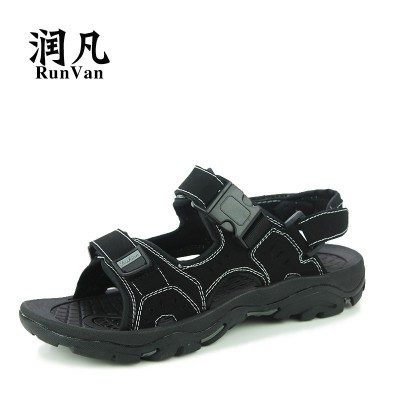 The young men's summer sandals male  new trends in Rome Korean students sports leisure beach shoes in Vietnam