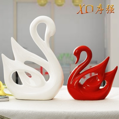 The living room decoration decoration Home Furnishing wine creative wedding gift ceramic crafts White Swan lovers