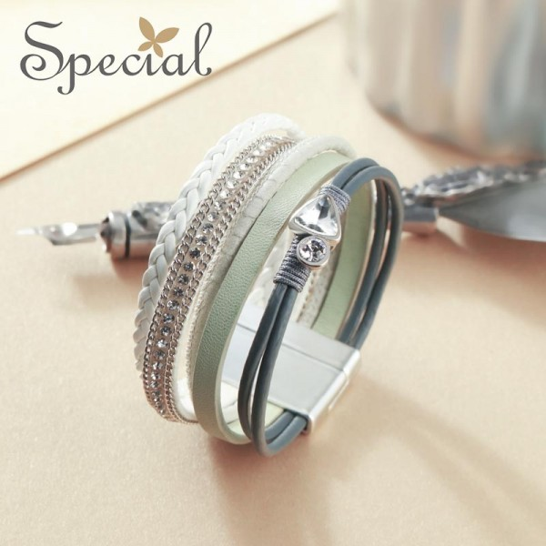 Special Europe and America retro bracelet, multi-layer